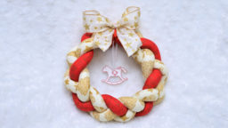 Jak vyrobit vánoční věnec z látky - adventní věnec