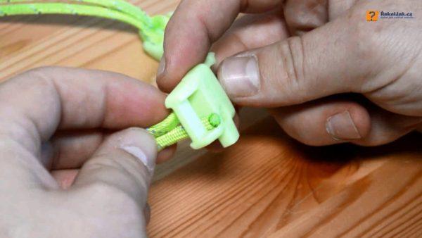 Jak vyrobit náramek přežití - survival náramek