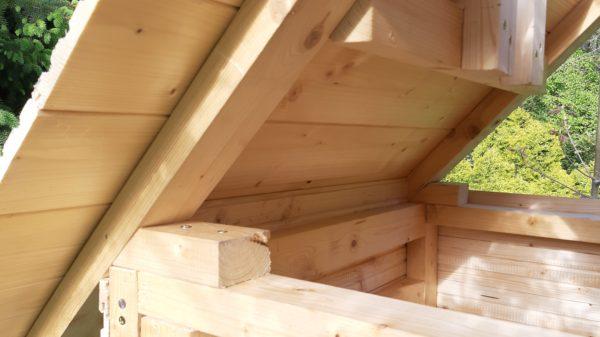 Jak postavit udírnu - opláštění boudy 1